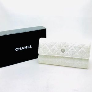 Chanel materasse long CC bifold wallet